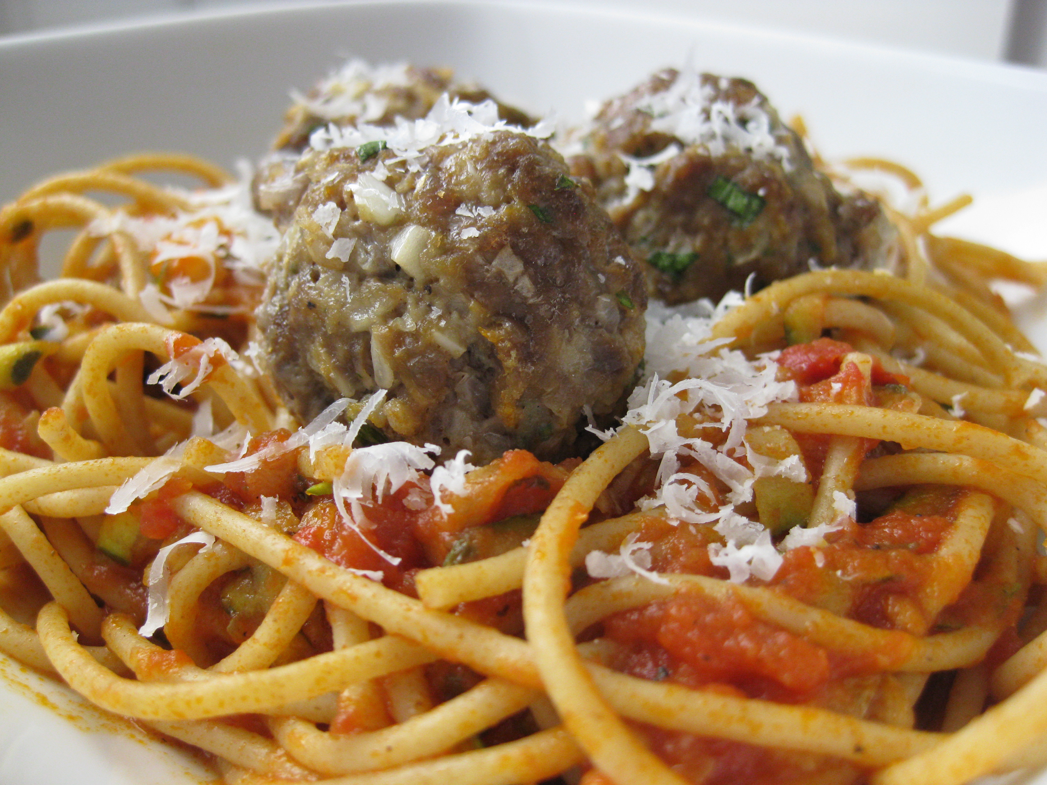 Bucatini All'Amatriciana with Spicy Smoked Mozzarella Meatballs ...